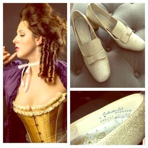 Gold rococo shoes